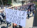 Trabajadores celebran su día en medio de críticas a su independencia sindical