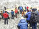 Nepal sopesa cancelar las ascensiones al Everest