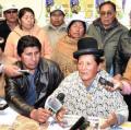 Gremiales desconocen a Rocha y posesionan a nueva dirigencia