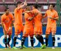La Guaira toma ventaja ante el Emelec en noche de goles