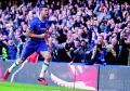 Diego Costa mantiene al Chelsea en lo más alto